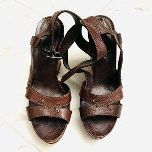 Chloe Women's Brown Wedge Heels